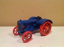 Ertl Scale Models Die Cast 1/16 Blue Fordson Tractor On Steel RARE