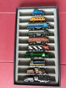 10 VINTAGE N- Scale ENGINES, LOCO With Glass Top Train Case  7 LOCOs LITE UP #1