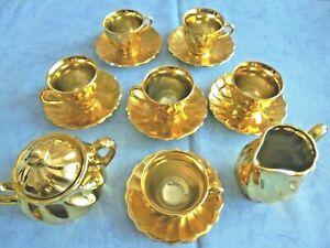 Schönes Mokka Geschirr 14 Teile Goldfarben