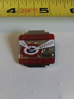 Vintage Milwaukee Curling Club 1984 ICE BREAKER pin button pinback Wisconsin *FF