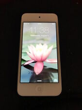 Apple White & Silver IPod Touch Model MD720LL/A 32 gb Bluetooth & Camera