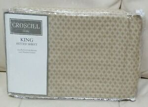 Croscill Napoleon Medallion King Fitted Sheet Blue Gold NEW