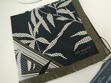 Bnwt Ted Baker Oxted Navy Leaf 100% silk pocket square Taschentuch Hankie