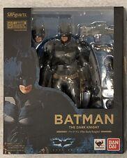 NEW IN BOX BANDAI S.H.Figuarts Batman The Dark Knight Action Figure DC COMICS WB
