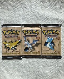 MINT CONDITION & SEALED Pokemon 1st Edition Fossil Booster Pack! See Description