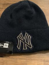 New Era Cap Men's MLB New York Yankees Sideline   Black   Beanie Hat