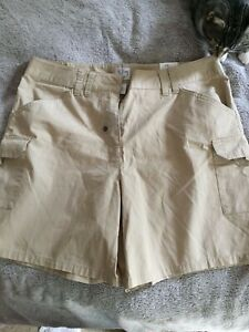 fashion bug vintage WOMENS beige striped   SHORTS       SIZE 14       NWT