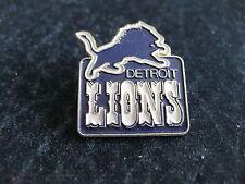 DETROIT LIONS  PIN BACK VINTAGE 1980