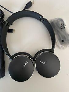 AKG Y500 On the Ear Wireless Headphones - Black