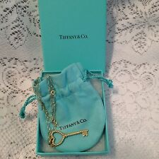 Tiffany & Co. Italy 18K Yellow Gold Cable Heart Twist Key Pendant Necklace