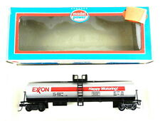 Model Power Ho 9081 Exxon Tank Car ~Knuckle Couplers~ New~ T106