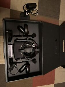 Oculus Rift CV1 Virtual Reality Headset with Controllers And 3 Sensors - Black