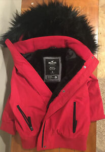 Hollister Fleece Lined All Weather Jacket. Size small.