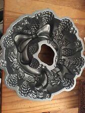Nordic Ware Holiday Christmas Wreath Bundt Cake Mold Pan