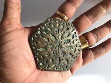 (02) An antique old bell metal jewellery stamp die seal multiple flowers pattern