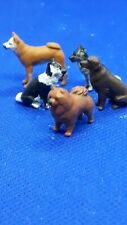 O Gauge1.43 finescale resin Handpainted Figure group of dogs x 5