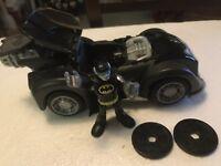 IMAGINEXT BATMAN 🦇 BATMOBILE + CYBER BATMAN FIGURE + OPENING CANOPY + DISCS NEW
