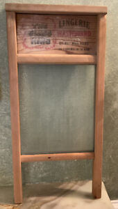 The Glass King. National Washboard Co. No. 863.  Lingerie Washboard