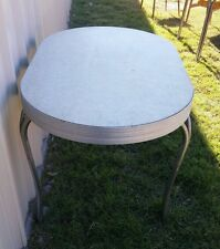 VINTAGE CHROME WHITE CRACKED ICE ? GRAY TOP FORMICA RETRO DINING KITCHEN TABLE