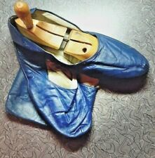 Mens Vintage 1950s Travel Slippers and Case Blue Leather Size 12 Lg