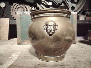 Quality Antique Arts & Crafts Brass Planter. Plant Pot Jardiniere. Aspidistra