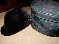 Hunt Crown Equestrian Adjustable Riding Helmet Size 7 1/8 With Protective Bag