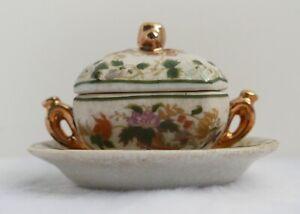 Soupière / légumier miniature en porcelaine—Style de Doccia XIXe siècle—H 6 cm
