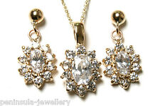 9ct Gold CZ cluster Pendant Necklace and Earring Set Gift Boxed Made in UK