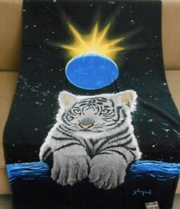 New Baby White Tiger Cub Cat Bath Beach Pool Gift Towel Schimmel Moon & Earth
