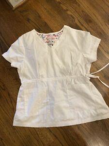 KOI Scrub Top Women's Size XL Style #137 Katelyn Crossover Mock Wrap White