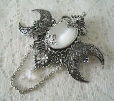 witch witchcraft goddess cloak pin gothic Triple Moon Brooch, wiccan pagan wicca