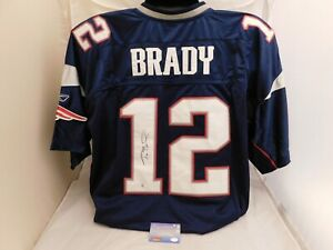Tom Brady Signed Auto Authentic On-Field Reebok Patriots Jersey Mounted Memories