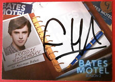 BATES MOTEL - FREDDIE HIGHMORE as Norman Bates - Autograph Card - AFH1