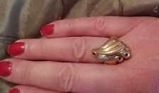 Vintage 14k Gold Ladies Ring with Blue Sapphires and Diamonds SIZE 71/2 ((178))