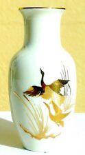 Florero pequeño beige con pintura Heron Oro de Ley de porcelana SANBO 10,5cm
