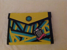MONSTER HIGH CLEO DE NILE SCHOOLS OUT FOLDER - EXCELLENT & LOW SHIPPING