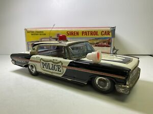 Vintage BUYMEGO Battery-Operated Ford Siren Patrol Car Toy Vehicle