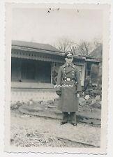 Foto-Soldat Luftwaffe Mantel-Schirmmütze  2.WK (Q244)