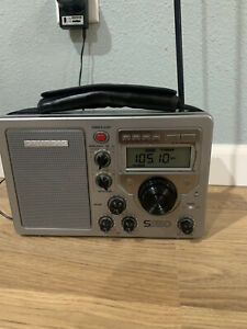 Grundig S350 Field Radio 3 Shortwave Bands + AM, FM  BCL Receiver