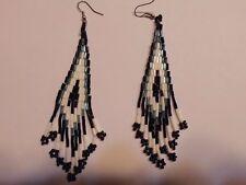 Ohrring mit weiß schwarz blau  Perlchen Indianerschmuck Hingucker süsss 335