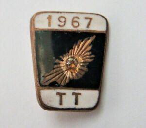 ISLE OF MAN TT RACES 1967 Diamond Jubilee Motorcycle Enamel Pin Badge By Davis