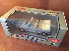 "Volkswagen Golf 1 cabriolet ""GLi"" grise 1/18 (Sun Star/Chrono)"