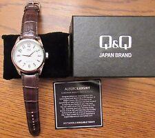 Q&Q Quartz Water Resist Men's Watch-Model Q266J835 Glass Crystal - NIB
