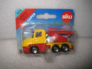 SIKU SUPER SERIES WRECKING TOW TRUCK  #1014  OLD SHOP STOCK CLOSE TO 1:55