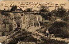 CPA   St-Aubin-Chateauneuf (Yonne) - Carriéres de Pierre á Chaus   (358741)