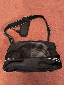 Nike Small Black Holdall