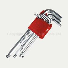 Brugole e chiavi inglesi senza marca