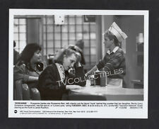 7x9 Press Photo~ TVs ROSEANNE ~1988 ~Roseanne Barr ~Lecy Goranson ~Jared Rushton