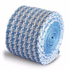 Frederick Thomas tricoté mince clair bleu et blanc dents de chien cravate hommes