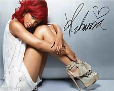 Rihanna  8 x 10 Autograph Reprint   Umbrella  We Found Love  Disturbia  S.O.S.